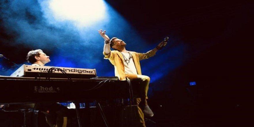 Kenan Doğulu Konseri Bodrumu Salladı! Bodrumda Kenan Doğulu Rüzgarı…