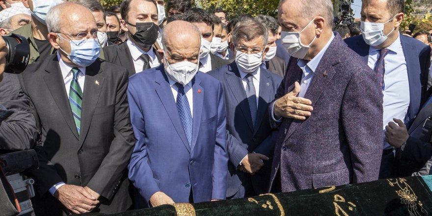 Merhum Necmettin Erbakan'ın Yakın Dostu Oğuzhan Asiltürk Son Yolculuğuna Uğurlandı