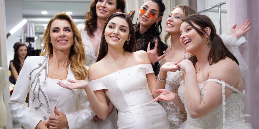 Hande Erçel ve Kerem Bursin Çiftinin Evlilik Hazırlıkları Başladı! Resmi Açıklama Geldi! Şok Olacaksınız!