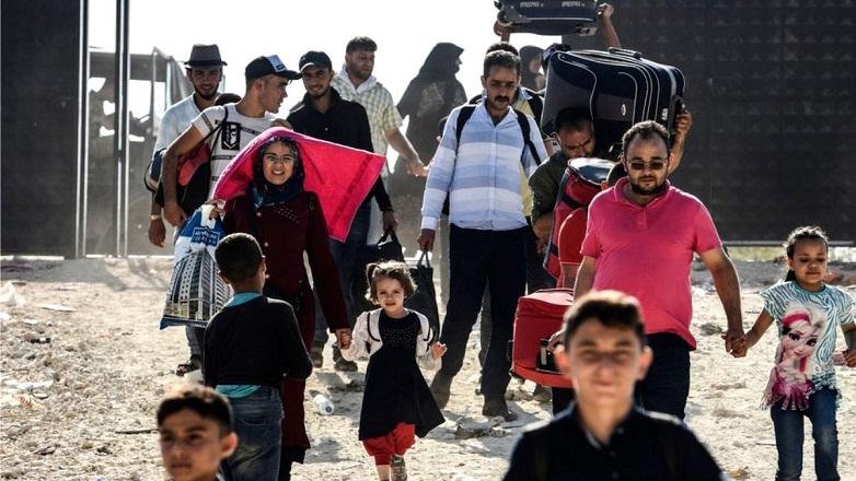 Suriyeli Göçmenler Avrupa Sınırlarına İlerliyor!