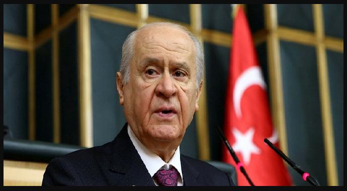 Devlet Bahçeli 'den 100 maddelik anayasa maddesi hazırladı