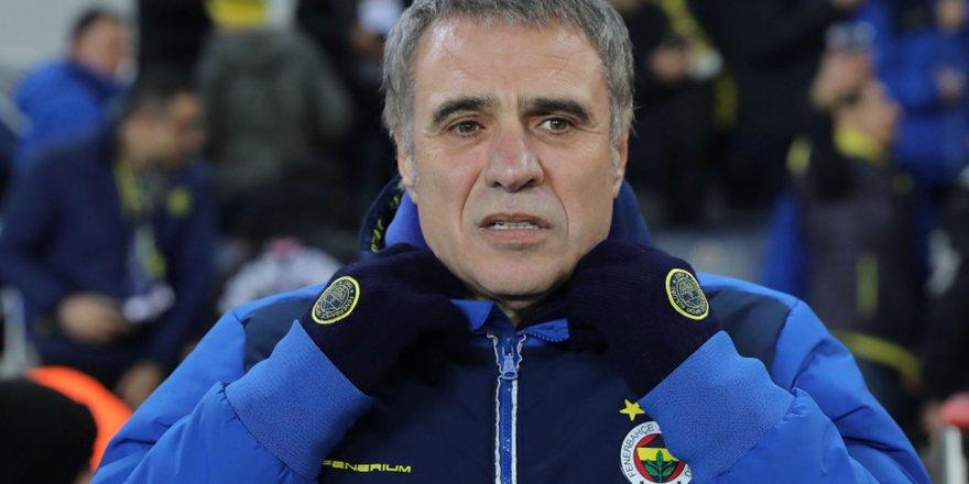 Fenerbahçe Açıkladı: Ersun Yanal İstifa etti