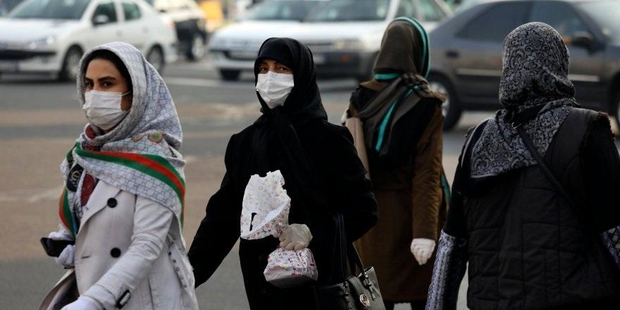 İran'da Koronavirüsden Korunmak İçin Sahte İçki İçtiler
