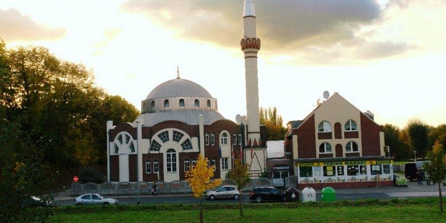 Almanya'da camiye tehdit mektubu gönderdiler