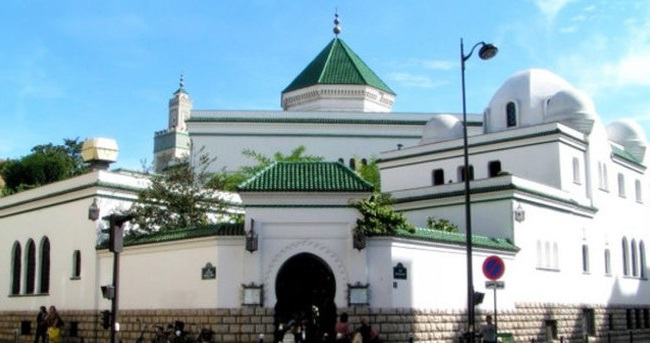 Fransa, Cuma Namazını Camide Kılmayın