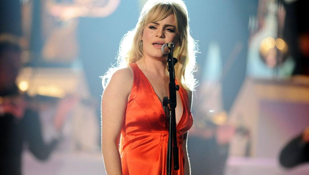 Grammy ödüllü ünlü şarkıcı Duffy tecavüze uğradı