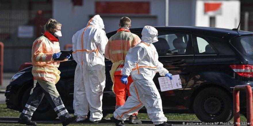 Sokağa çıkma yasağına uymayan 5 kişiyi öldürdü