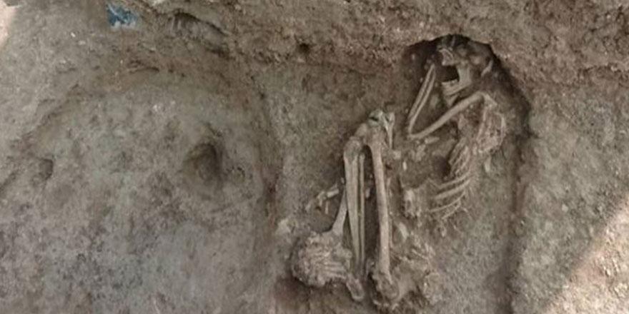 Bilecik Apartman bahçesinden çıkan tam 8 bin 500 yıllık...