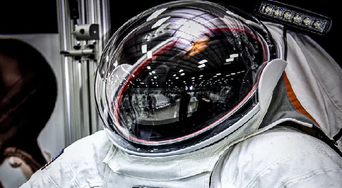 NASA'dan Yeni Nesil Astronot Kıyafeti