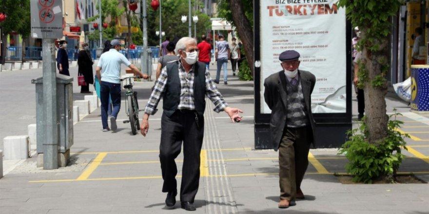 65 yaş üstü ve çocuklar için sokağa çıkma yasağı geldi