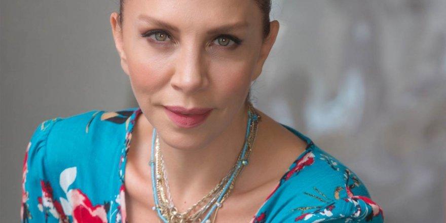 """Ünlü Şarkıcı Sertap Erener neden """"Utanıyorum insan olmaktan"""" dedi ?"""
