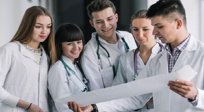 Sağlık Personeli Atamaları İçin Geri Sayım
