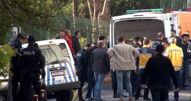 Bakırköy'de 1'i Çocuk 3 kişilik Aile Evlerinde Ölü Bulundu!