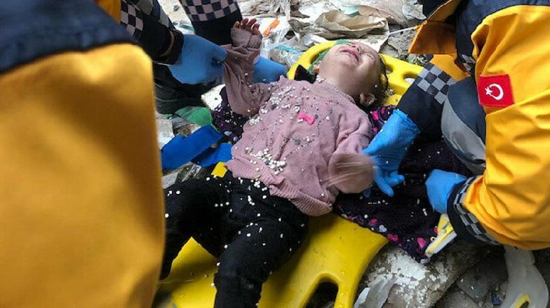 Küçük Kız Düştüğü Kuyudan Kurtarıldı
