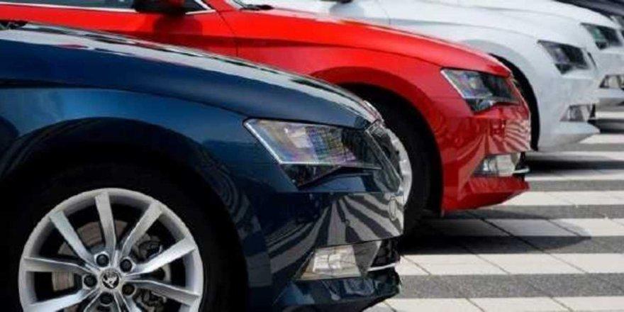 Halkbank'tan Otomobil Fırsatı! Yarı Fiyatına Araba Alabilirsiniz!