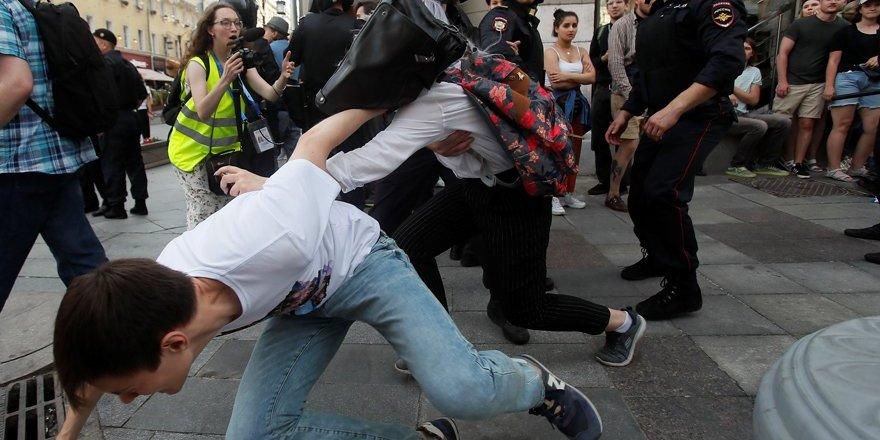 Rusya'da sokaklarda kaos yaşanıyor!